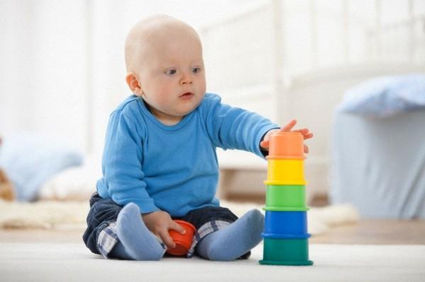 Những đồ chơi thông minh phù hợp với từng giai đoạn phát triển của trẻ