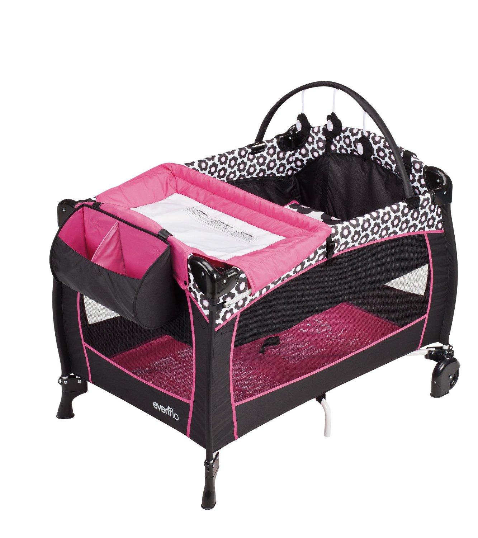 Gợi ý giúp mẹ một vài mẫu giường cũi cho bé 5 tháng trở lên