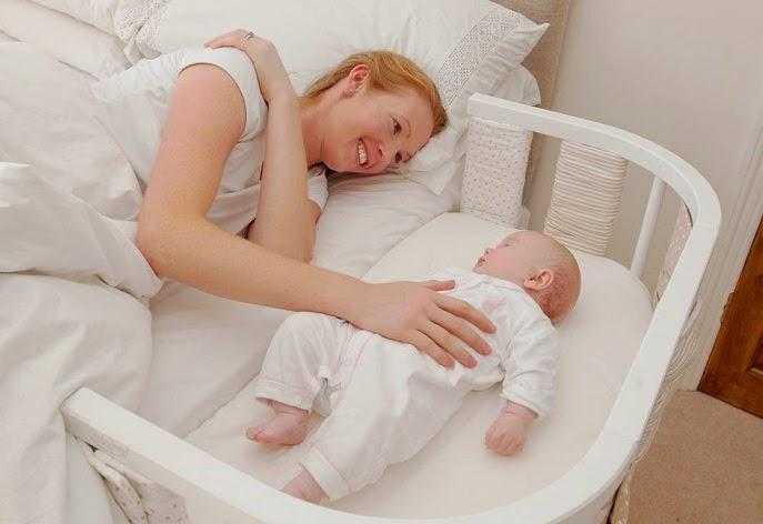 Tạo thói quen ngủ cũi cho bé từ nhỏ tốt cho cả mẹ và bé