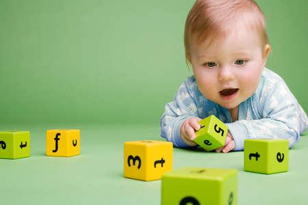 5 gợi ý mua đồ chơi trẻ em an toàn