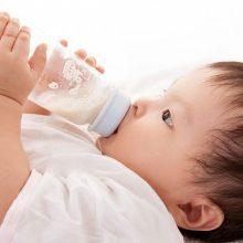 Kinh nghiệm chọn sữa mát giúp bé ngừa táo bón