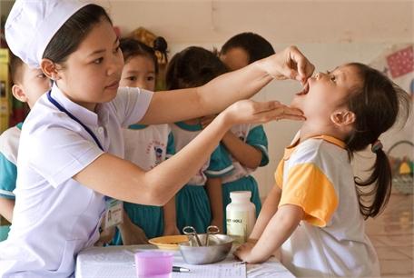 Hãy cho trẻ uống vitamin A đúng cách
