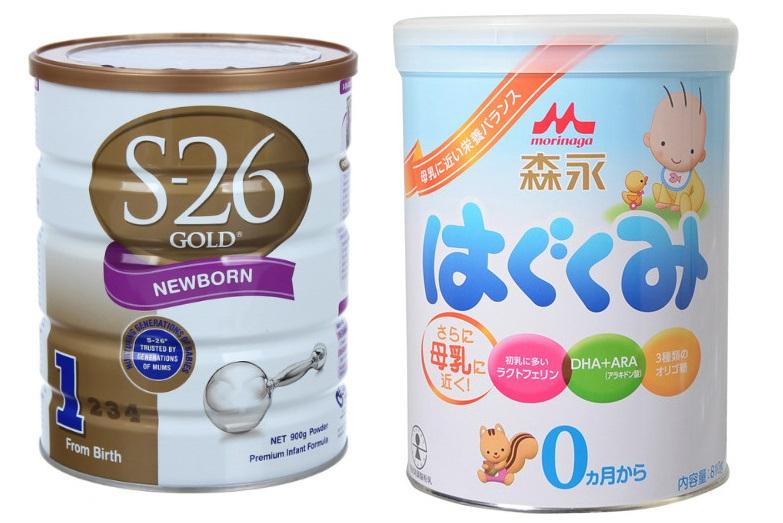 Dùng song song 2 loại sữa công thức cùng lúc cho bé có được không?