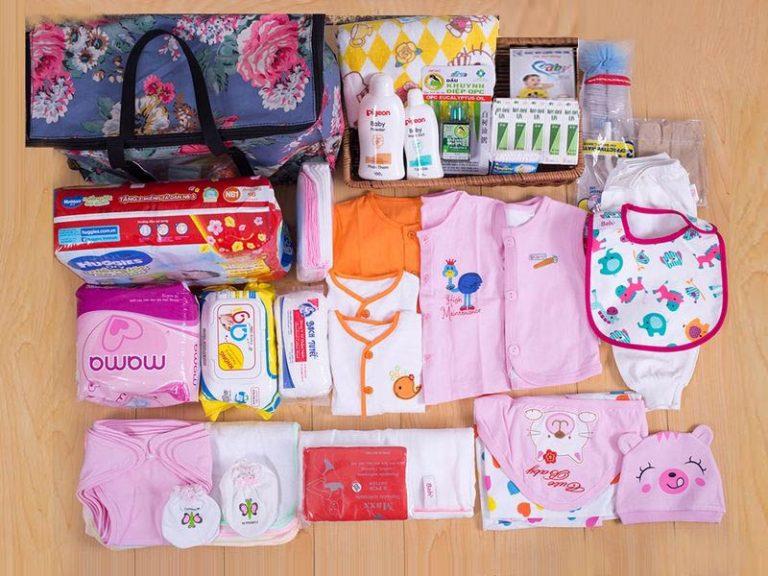 Chia sẻ kinh nghiệm mua đồ sơ sinh và cách chăm trẻ sơ sinh