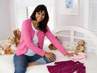 Hướng dẫn cách sếp gọn quần áo sơ sinh cho bé