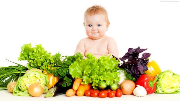 chế độ dinh dưỡng cho bé 1 tuổi