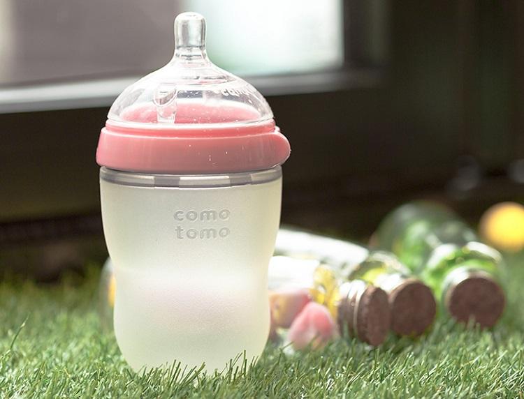 Bình sữa Comotomo 250ml màu hồng