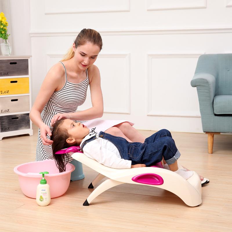Đặc điểm mẹ cần biết khi chọn ghế gội đầu cho bé