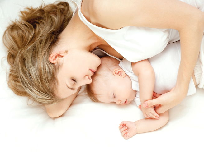 Có nên dùng núm trợ ti cho bé hay không? Loại nào tốt?