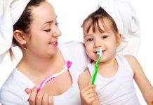 Dùng kem đánh răng cho bé bao nhiêu lần 1 ngày