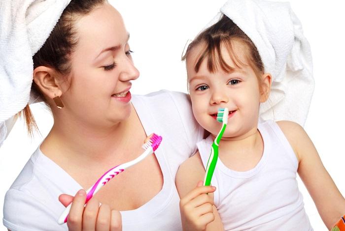 Nên đánh răng cho trẻ bao nhiêu lần một ngày mẹ nên biết