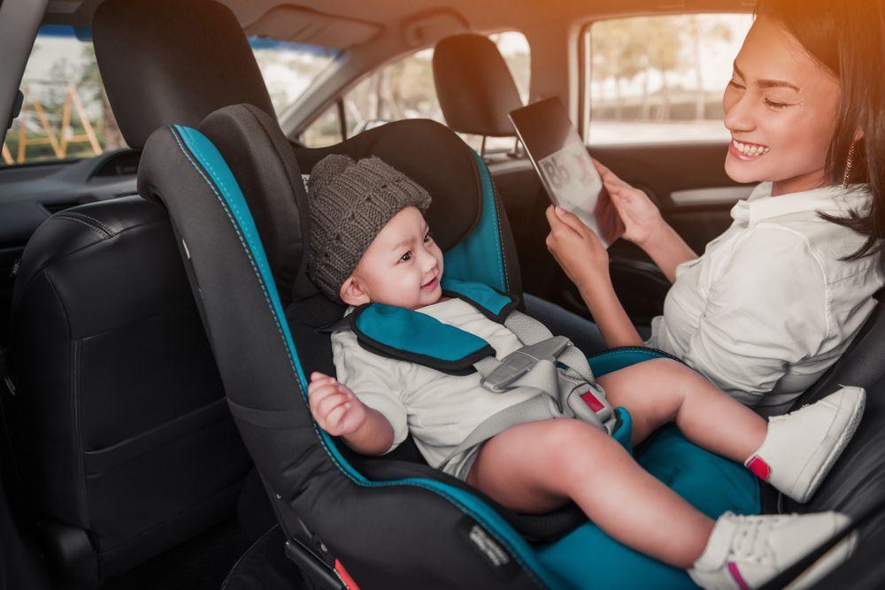 Có nên sử dụng ghế ngồi ô tô thanh lý cho bé hay không?