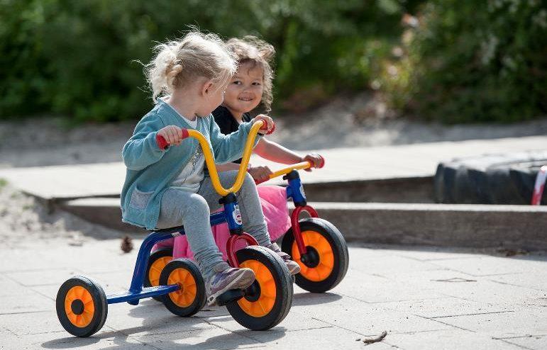 Các mẫu xe đạp 3 bánh loại nào tốt cho bé hiện nay