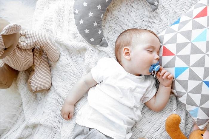 Những tác dụng của ty ngậm đối với sức khỏe của trẻ sơ sinh