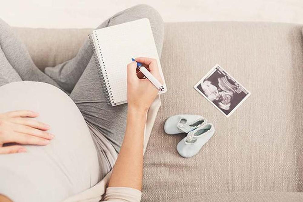 Mẹ cần chú ý điều gì khi mua đồ sơ sinh cho bé?
