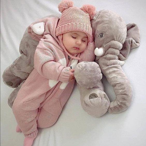 Mẹ bầu cần chuẩn bị những gì khi sinh con vào mùa đông?