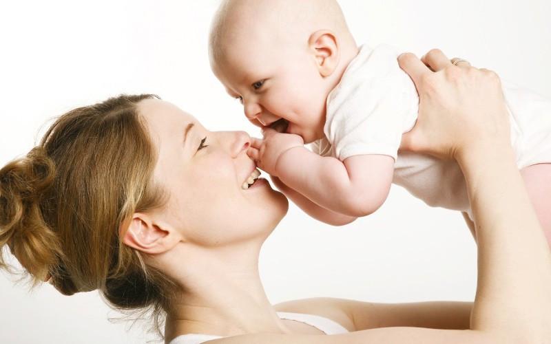 15 mẹo hay cho cha mẹ giúp nuôi con khôn lớn, khỏe mạnh