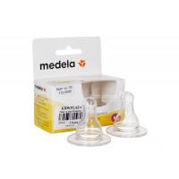 Núm ty size M Medela (2 chiếc)